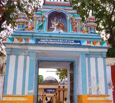 Puja To get Vehicles-Iyyampettai ChakravahaneshwararTemple