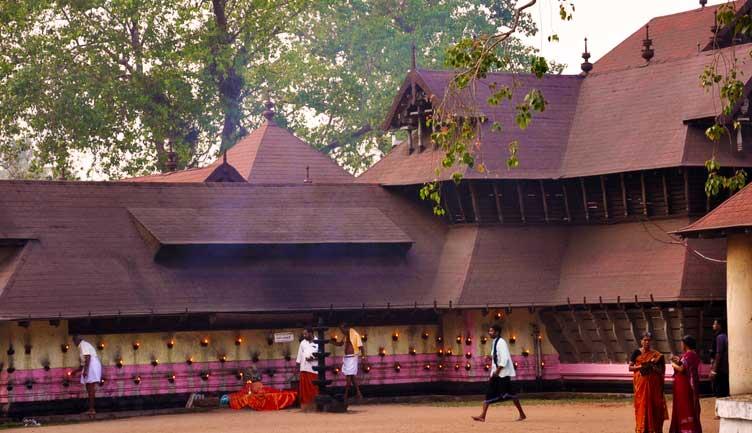 Kodungallur Bhagavathi Devi Temple-Kodungallur