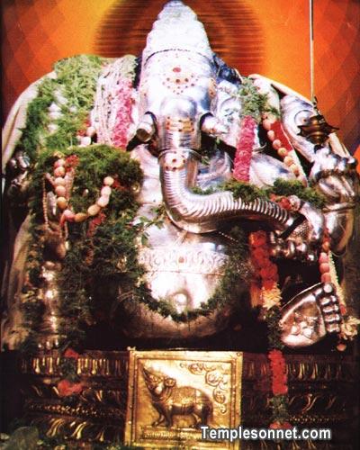 Madurai Mukkuruni Vinayagar Ganesh Temple